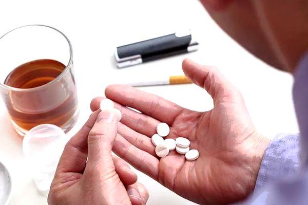 Таблетки и спиртное