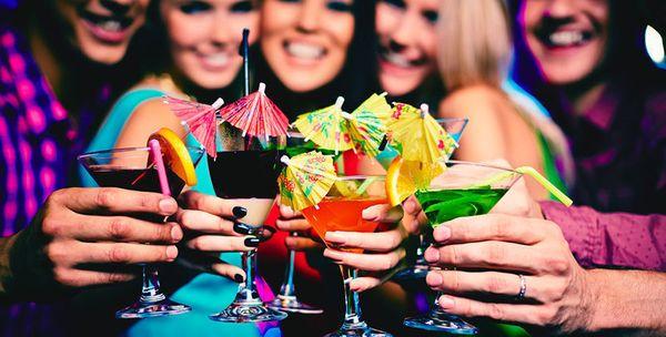 Девочки на вечеринке