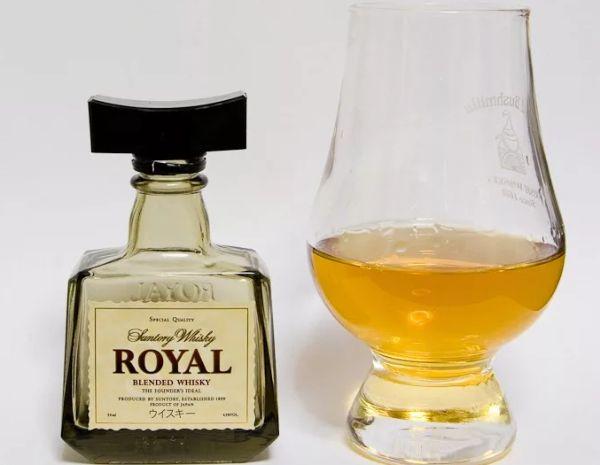 Сантори виски Royal