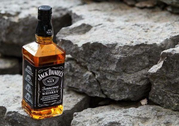 Виски Джек Дэниэлс 1 литр